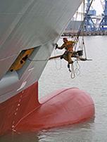 Internationale Frachtschiffreisen Pfeiffer - Von Seegang und Landgang - Antrieb