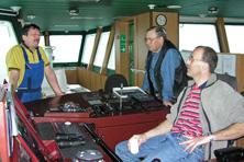 Internationale Frachtschiffreisen Pfeiffer - Von Seegang und Landgang - Brückenkomfort