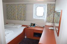 Internationale Frachtschiffreisen Pfeiffer - Von Seegang und Landgang - Kabine 2