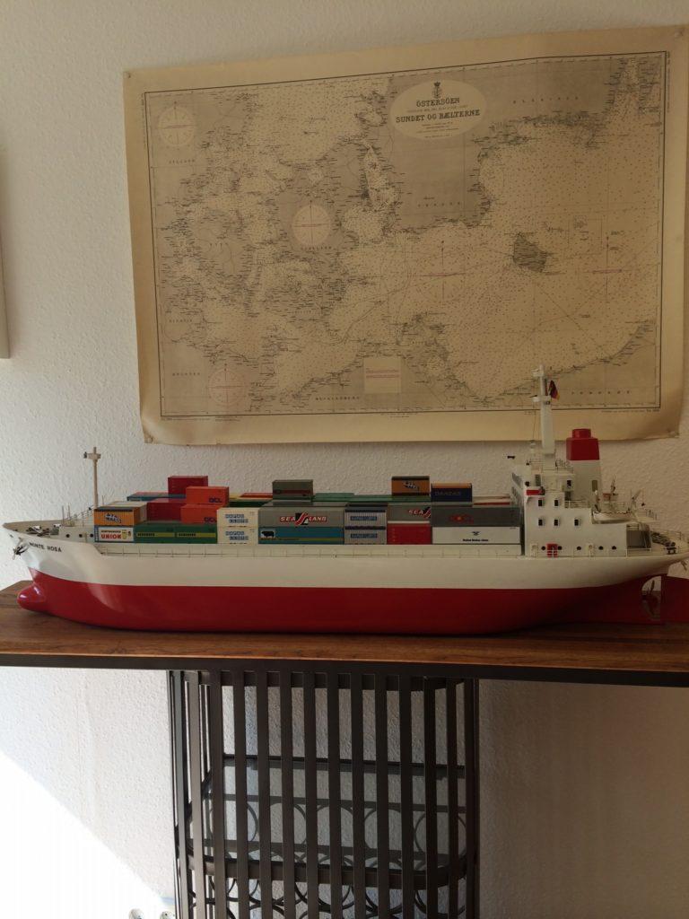 Internationale Frachtschiffreisen Pfeiffer - Einsendungen von Kunden - Frachtschiffreisen Modell - Büro Pfeiffer