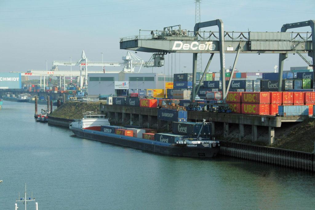 Internationale Frachtschiffreisen Pfeiffer - Besonderheiten von Binnenschiffreisen - Die Schiffe